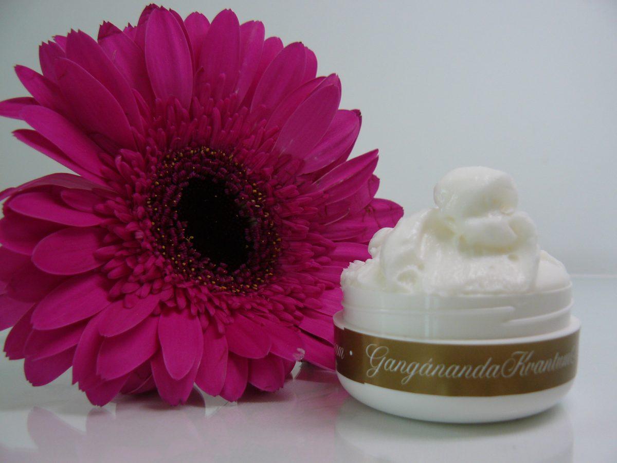 kéz- és testápolókrém - Dr Ganga Kvantum Natúr Kozmetikum